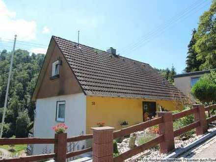 Provisionsfrei! Einfamilienhaus mit Wintergarten und sep. Garage