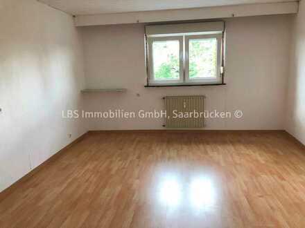 Lichtdurchflutete 3 ZKB Mietwohnung in Schiffweiler