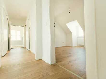 Frisch sanierte Dachgeschosswohnung in Gostenhof
