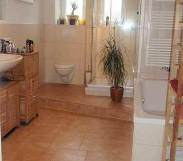 4 Raum Wohnung mit Balkon und Wintergarten in guter Lage von Auerbach