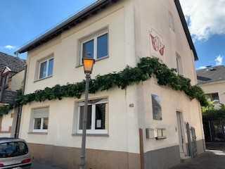 Zentrales Einfamilienhaus nahe Eltviller Stadtkern