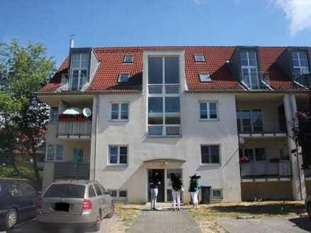 *** gemütliche, helle 3 Zimmer-Galeriewohnung mit Balkon in schöner Lage ***