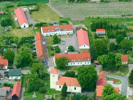 Großzügige drei Zimmer Wohnung auf zwei Etagen mit Garage, 15306 Lindendorf, OT Libbenichen