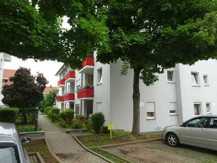 Schöne 2-Zimmer-Wohnung mit Balkon und Einbauküche in Möglingen