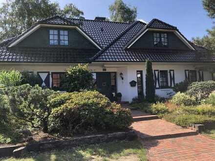 Geräumige renovierte 3-Zimmerwohnung im Zweifamilienhaus