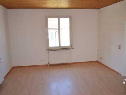 Sanierte, helle Wohnung zur Miete in Gottmadingen-Randegg