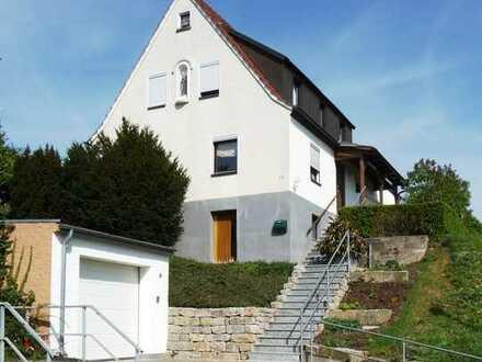 Einfamilienhaus mit schönem Garten in Hambach