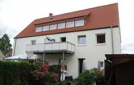 SOLLER - IMMOBILIEN Lemwerder: Gemütliche 2 Zimmer Wohnung mit Balkon