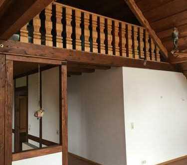 Freundliche 4,5-Zimmer-Dachgeschosswohnung mit Balkon und EBK in Rheinfelden
