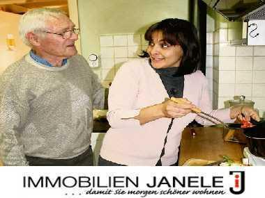 """Für sozial engagierte Azubis o. ältere Menschen! Zimmer vom Projekt """"Wohnen für Hilfe Regensburg"""""""
