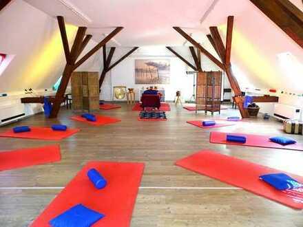 Praxis/Studio/Atelier in Dellmensingen in idylischer Lage zu vermieten!