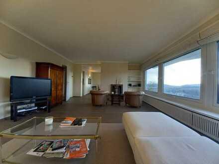 Traumhafte 2-Zimmer-Wohnung mit Balkon, Kamin und EBK in Neckarzimmern für 2 Personen