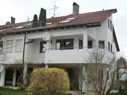 Helle, gepflegte 3-Zimmer-Wohnung mit Balkon in Grafenau.