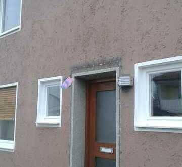 Klassisches Reihenmittelhaus in Kaufering Mitte, Garten, Balkon,