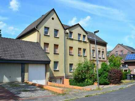 Dreifamilienhaus mit schöner Eigentümerwohnung !