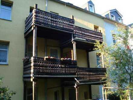 1-Raumwohnung möbliert mit Balkon