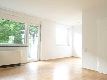 --Ruhige Erdgeschosswohnung mit Balkon--