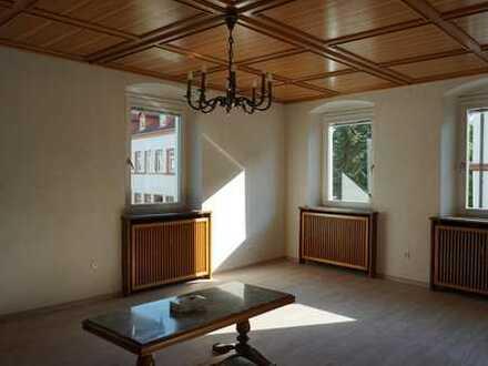 mod.WG-Zimmer zwischen 14m² und 30 m² in 5-er WG zentral, alles in nächster Nähe !