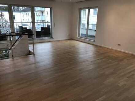1.400 €, 111 m², 3 Zimmer