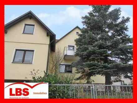 """""""IHRE SUCHE ENDET HIER""""- Einfamilienhaus mit ELW und Doppelgarage mit Garten in Kümmersbruck"""