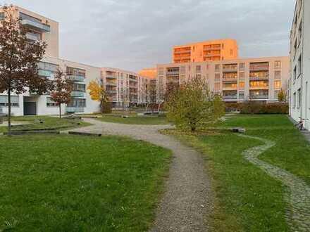 Als Kapitalanlage: 3-Zimmer Dachgeschosswohnung mit Süd-Loggia in Neuhausen