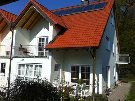 Schönes, geräumiges Haus mit acht Zimmern in Forchheim (Kreis), Effeltrich