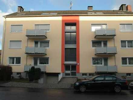 Modernisierte helle 3-Zimmer-Wohnung mit Balkon in Dortmund- Körne zu vermieten