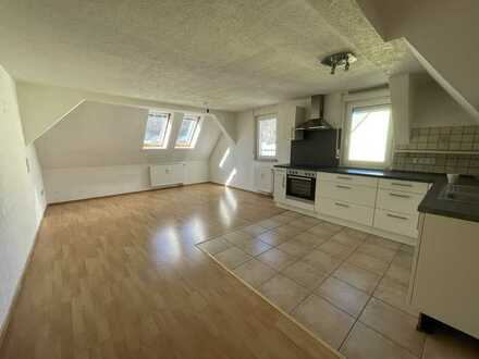 Preiswerte helle 4-Zimmer-Wohnung mit EBK in Albstadt