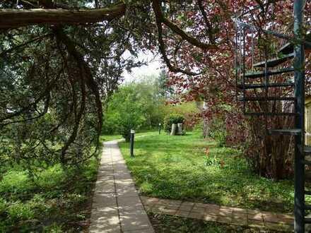 Sonnige 4-Zimmer Wohnung mit großer Südterrasse und direktem Gartenzugang