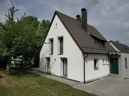 Einfamilienhaus, zentrale, ruhige Lage, Garten mit Süd/West Ausrichtung