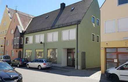 Wohnhaus/Geschäftshaus im Zentrum von Rain a.L.