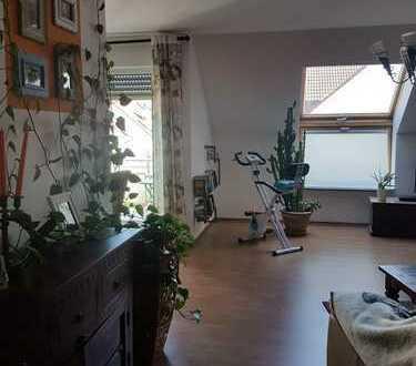 Exklusive, modernisierte 2-Zimmer-Wohnung mit Balkon in Pfungstadt