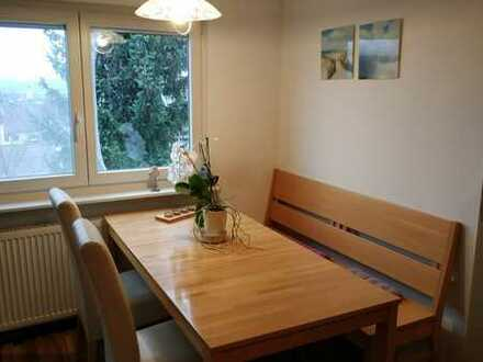 Schöne voll möblierte Wohnung in ruhiger Lage