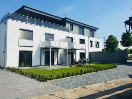 Moderne 4-Zimmer-Penthouse-Wohnung mit sehr großer Terrasse, Fahrstuhl und Einbauküche in Neumünster