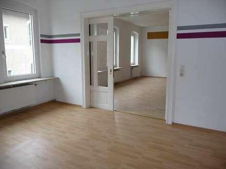 Geräumige 5 Zimmerwohnung im 1 Obergeschoss in Innenstadtnähe
