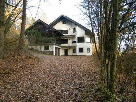 Exklusives Landhaus in Waldrandlage