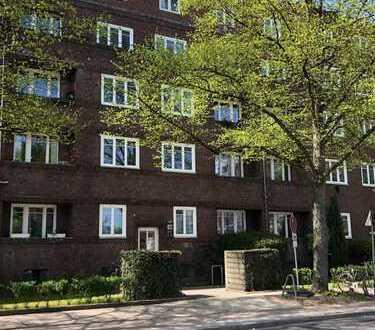 Von Privat: Vollständig renovierte 2-Zimmer-Wohnung mit Balkon in Barmbek-Nord, Hamburg