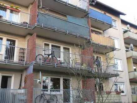 Von privat: Sanierte 3 ZW plus Souterrainraum, Dieburg
