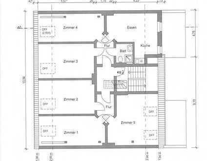 Großes helles Dachgeschoss-Zimmer in 5-er-WG