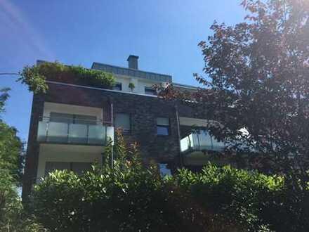 Königsdorf, wunderschöne 2 Zi.-Whg. mit gr. Sonnenbalkon, ca. 75 m², Tageslichtbad, barrierefrei!