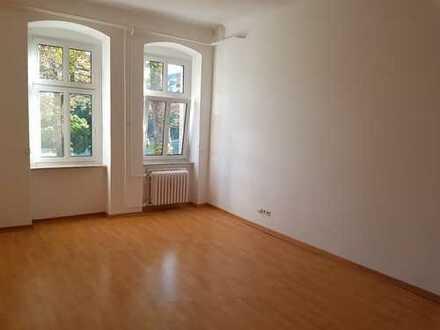 3 Raum Wohnung nahe am Schloss Steglitz zum 01.03.2019 zu Vermieten