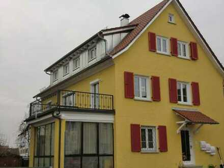 schöne attraktive 2,5-Zimmer-Dachgeschosswohnung mit Balkon und EBK in Schwäbisch Gmünd