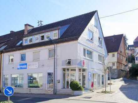 Attraktives Mehrfamilienhaus mit Ladenlokal in TOP- Lage