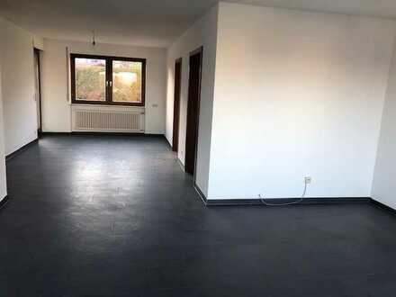 Schönes neu renoviertes 4,5-Zimmer-Reihenmittelhaus in Ditzingen
