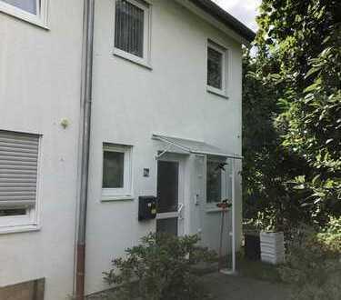 Schönes Haus mit 4,5 Zimmern in Darmstadt-Dieburg (Kreis), Dieburg