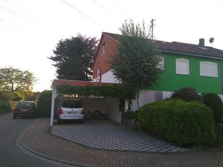 Gepflegte 3-Zimmer-Wohnung mit Balkon in Feldrandlage von Eppelheim