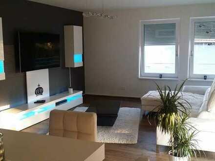 Gepflegte 3,5-Zimmer-Penthouse-Wohnung mit Einbauküche,Dachterrasse