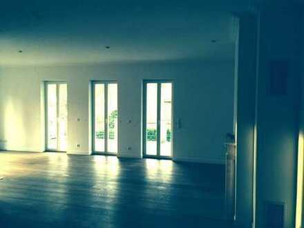 Leben in exklusiver Wohnung im Grunewald