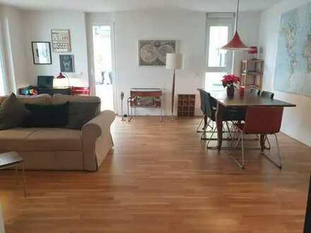 Am See! Neuwertige 4-Zimmer-EG-Wohnung mit Terrasse und Einbauküche in Ludwigshafen am Rhein