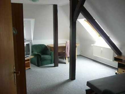 Bild_++ Ruhige und helle Frauen-WG mit möblierten Zimmern in schöner + zentrumsnaher Wohngegend ++